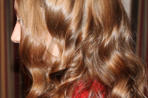 Strengthens And Adds Shine To Your Hair