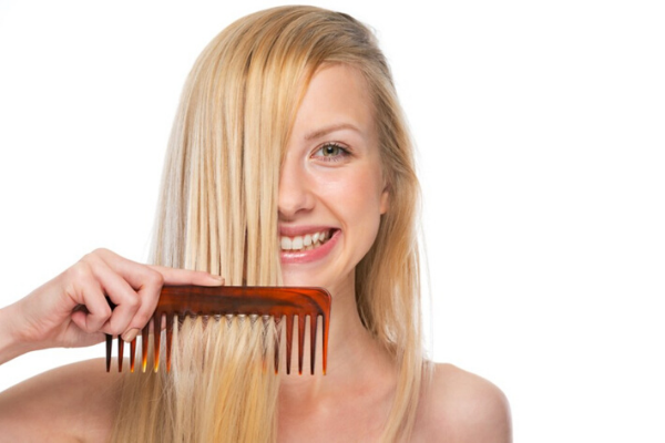Use The Right Shampoo And The Comb - Lightness